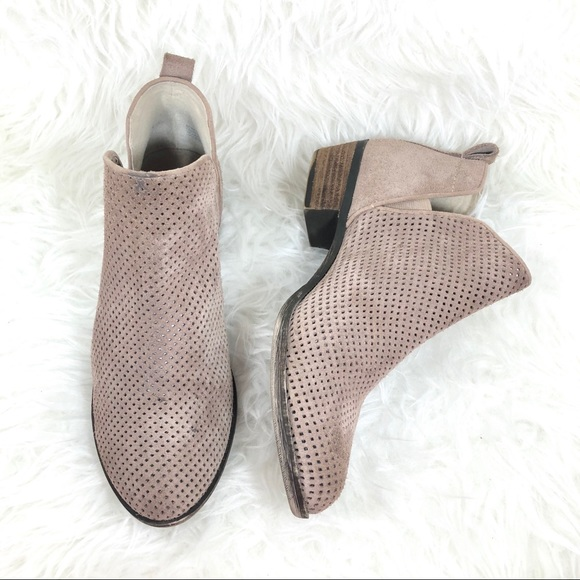 1275759ea770 bp Shoes - 💥SALE💥 BP Faren perforated caramel ankle Bootie